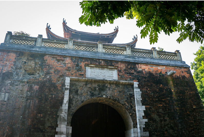Imperial-Citadel-of-Thang-Long-1